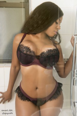 Klea escort girl