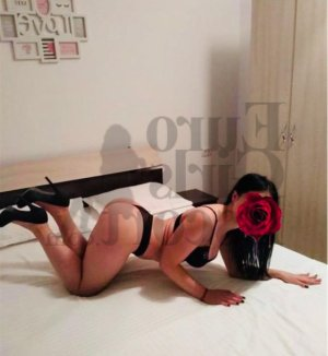 Ginna escort girl in Bixby