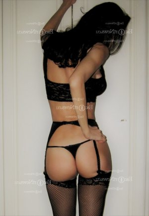 Kristie escort girl in Hickory